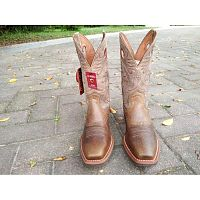 Мужские сапоги  Ariat Mens Heritage Roughstock square toe cowboy